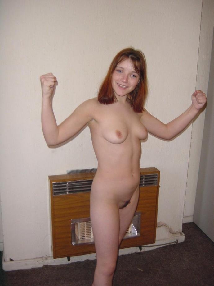 girl nude around house