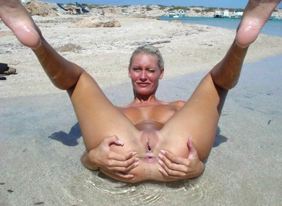 Young Nudists – Amateurs Girl 02