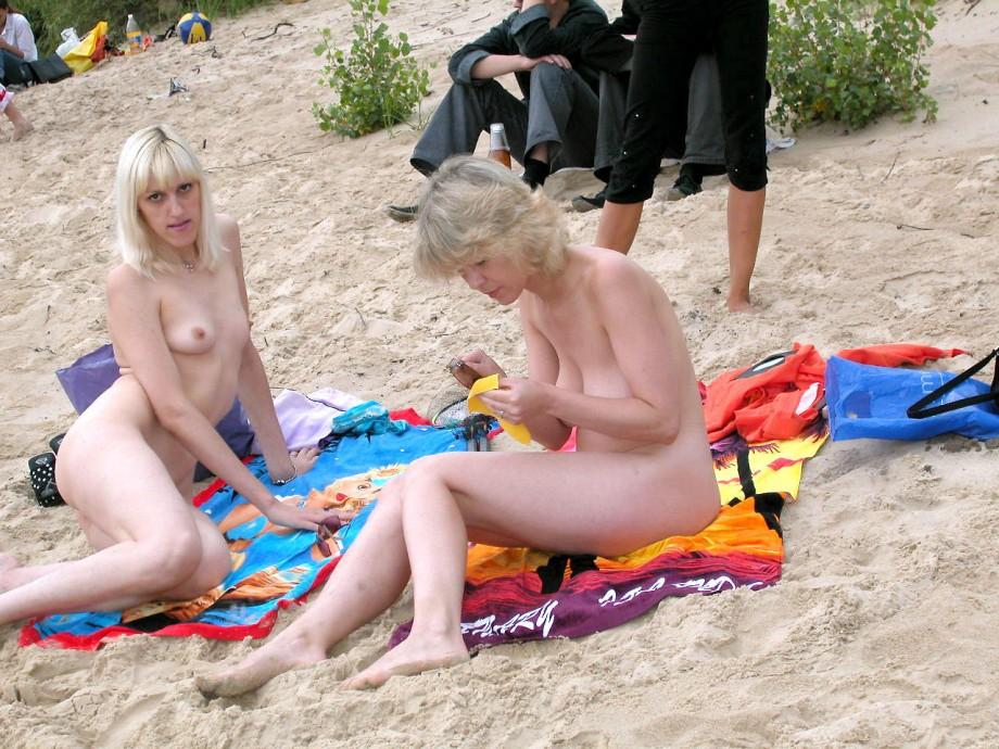 Beach (nudist) 19  TOP