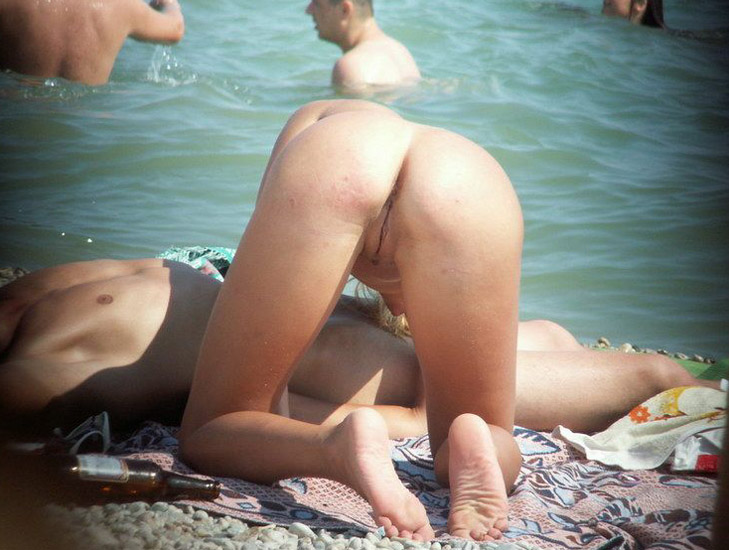 Are nude public beach