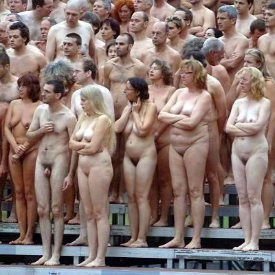 Wet topless girls