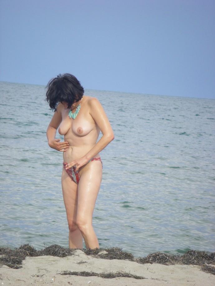 TEEN ON NUDIST BEACH SET Young Teen Girl FKK 1