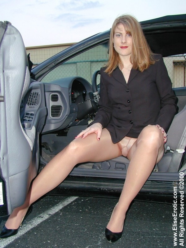 Was britney spears shows pussy getting out of car hot