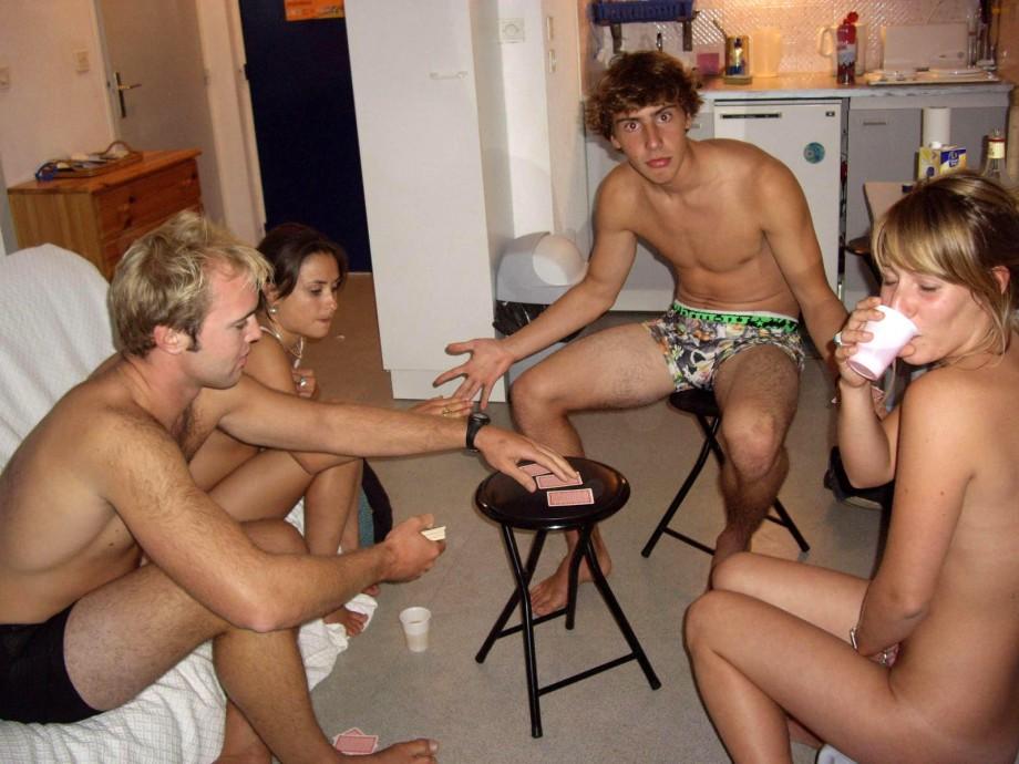 men and women playing strip poker before fucking