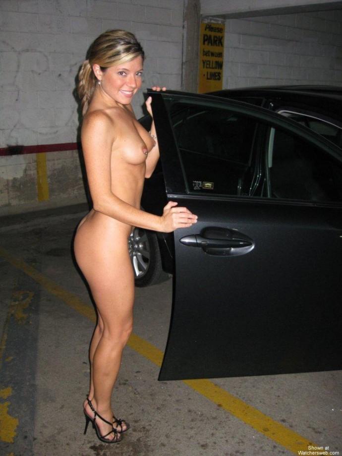 women nude water polo