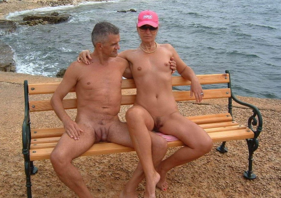 Couple nudist picture