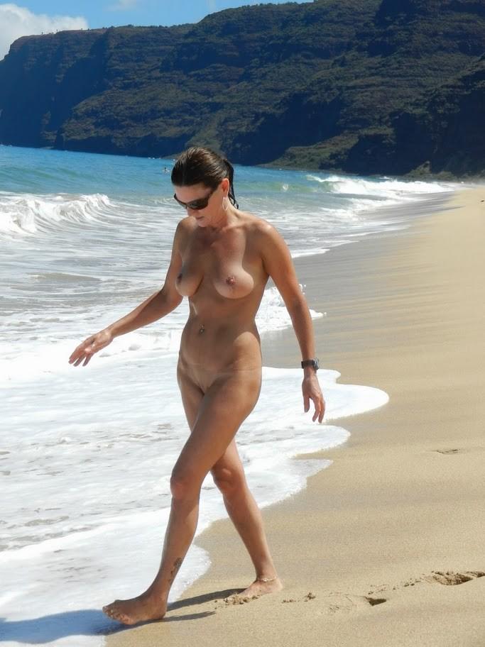 photos nudist vacation