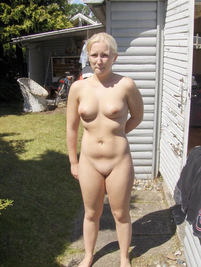 Horny shaved blonde girlfriend TOP