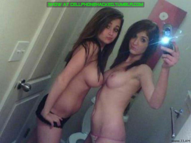 Amateur Teens and Ex Girlfriends showing their Boobs and Pussys TOP