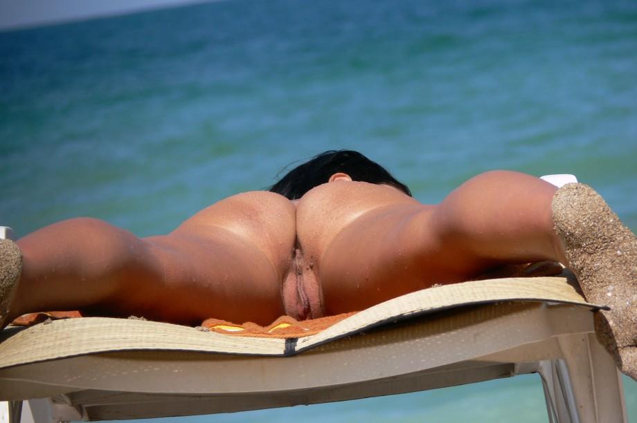 пилотки на пляже фото