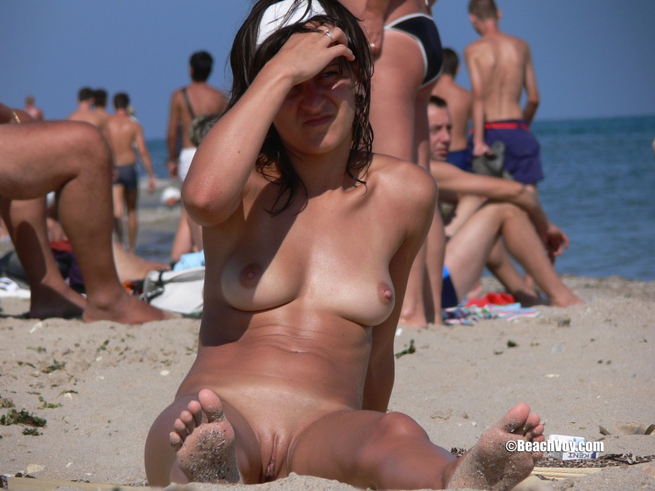 Nude Girls on the Beach – 394