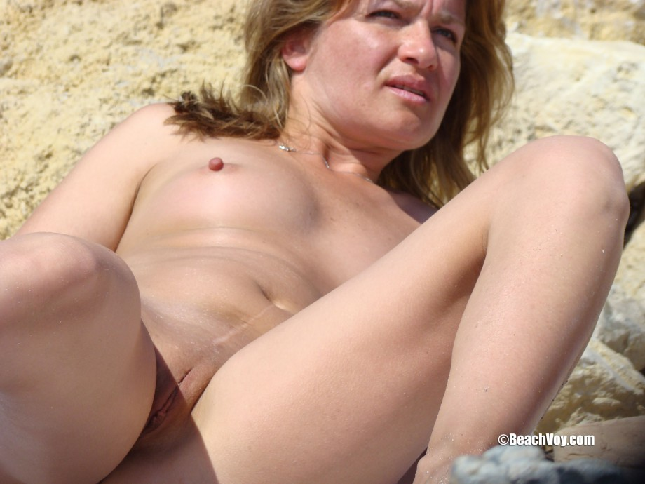 Nude Girls on the Beach – 247