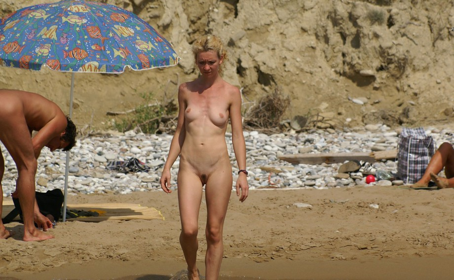 Nude Girls on the Beach – 359