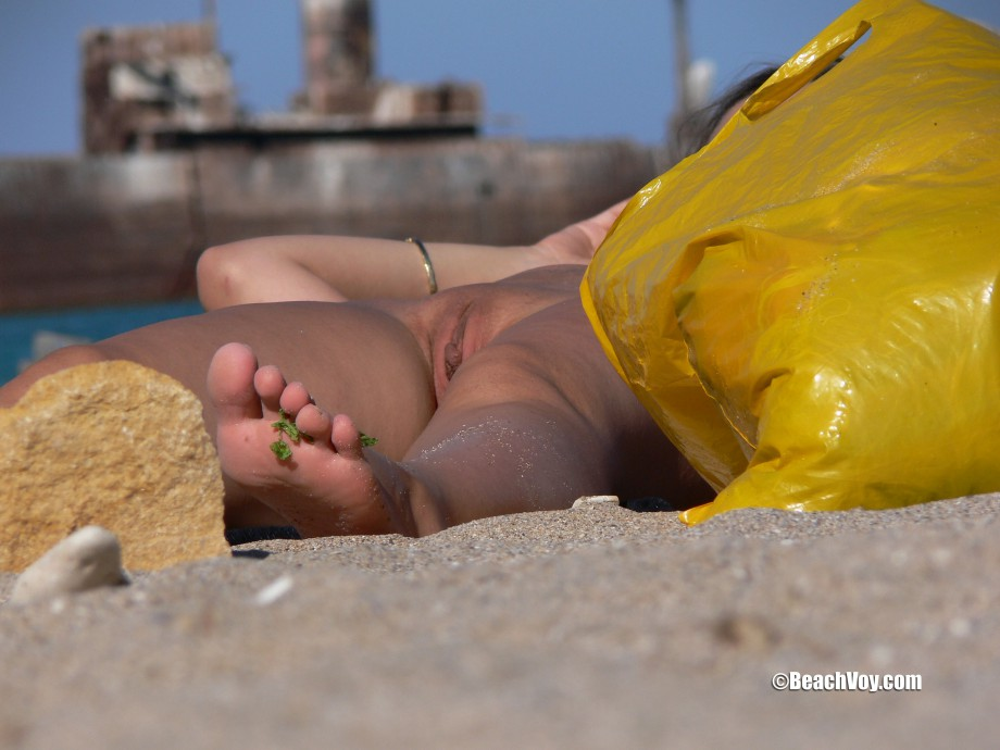 Nude Girls on the Beach – 150 – Part 2
