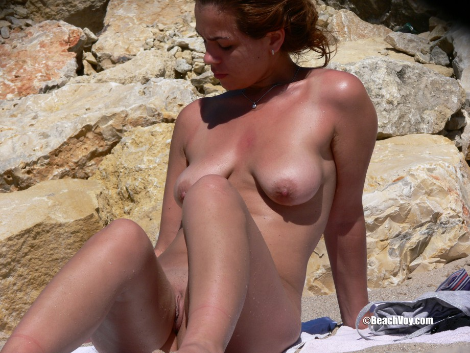 Nude Girls on the Beach – 380