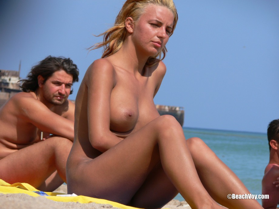 Topless Girls on the Beach – 239