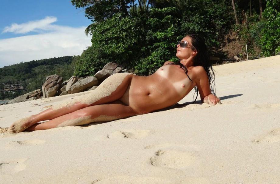 121215 – Lifes A Beach
