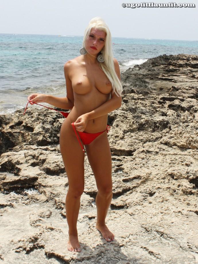 Beach – Laura 2