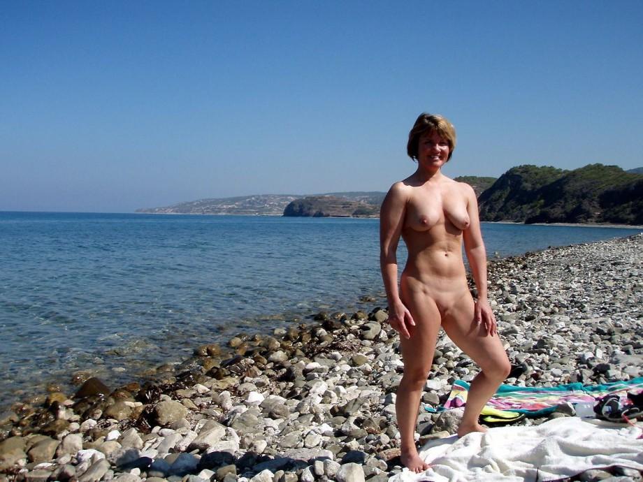 140824 – Lifes A Beach