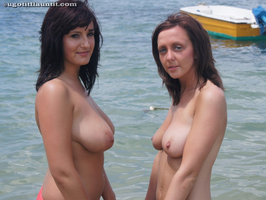 Beach – bex and friends  2