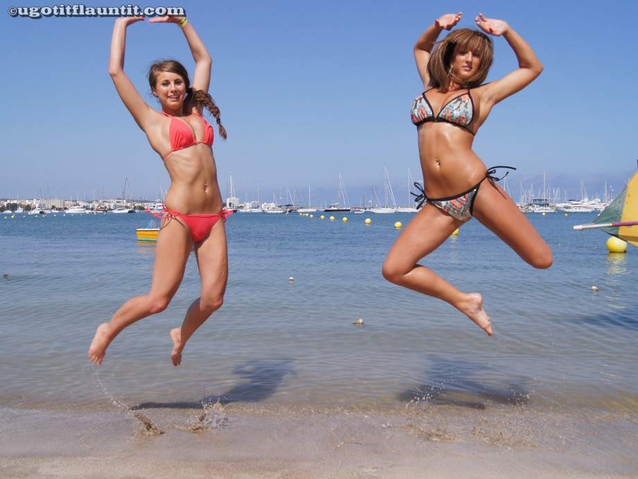 Beach – stacey and sarah 2