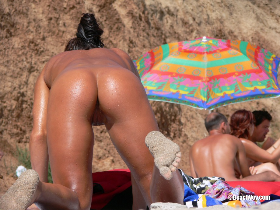 Nude Girls on the Beach – 297 – Part 2