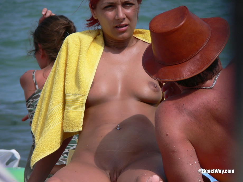 Nude Girls on the Beach – 157