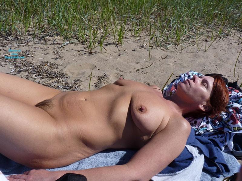 130427 – Lifes A Beach TOP