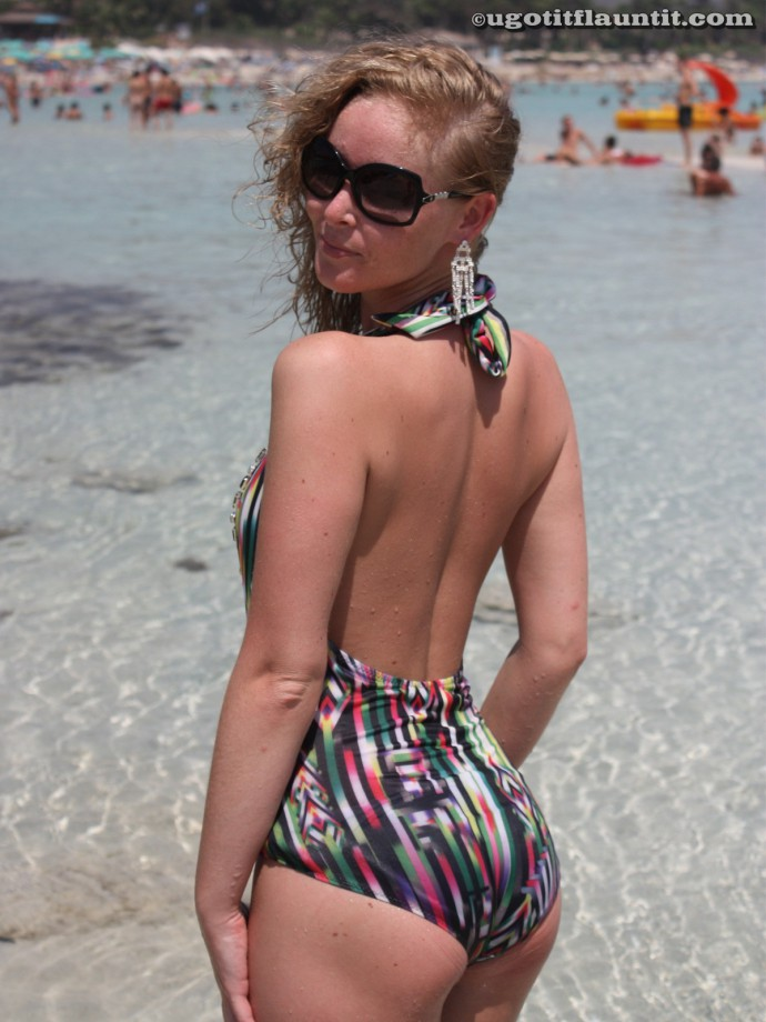 Beach – Lisa 1 TOP