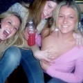 Young girls at party- drunk teenagers - amateurs pics 16