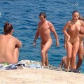 The naked beach 260-56625