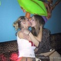Kissing girlfriendss 02