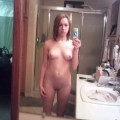 Brunnette teen  and her self pics