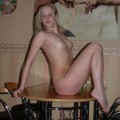 Amateur pamela - showing all her body