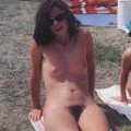 Looking for same nudist girls!