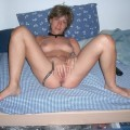 Housewife some naked pics