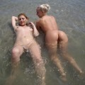 Pikotop - very nice girls naked at beach