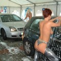 Young girls for car- wash