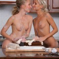 Nicolle, anju - girls like cakes