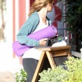 Helen hunt's massive yoga pants cameltoe