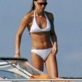 Kate middleton shows off her white hot bikini body