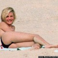 Cameron diaz topless in spiaggia - celebrity