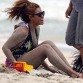 Beyonce - nipslip candids at the beach in hawaii - celebrity
