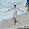 Gwen stefani bikini candids at a beach in miami