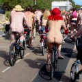 Nude couples fflashing their bodies on cycling tour