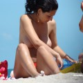 Topless girls on the beach - 082 - part 2