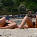 Topless girls on the beach - 094 - part 2